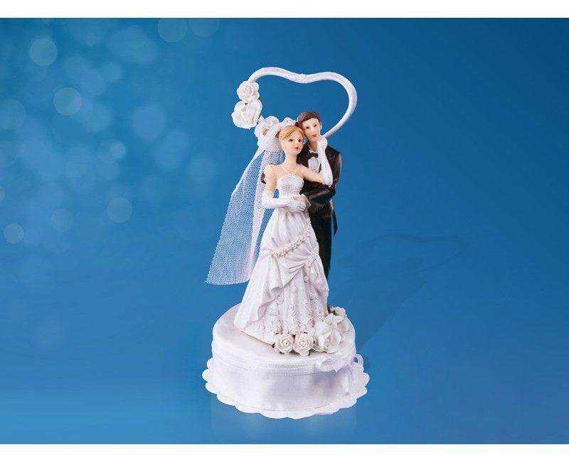 Bruidstaart topping bruidspaar met hart, bloemen en tule