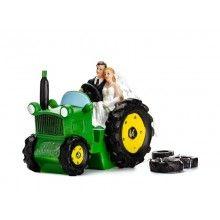 Bruidstaart topping bruidspaar op tractor
